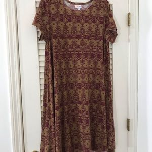 Burgundy and light brown southwestern motif Carly